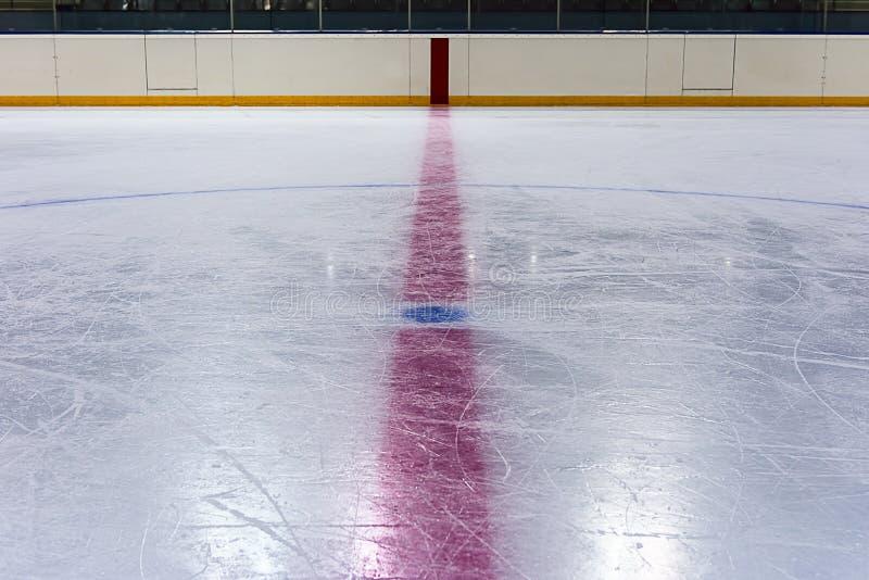 Środkowy okrąg w hokejowym lodowisku zdjęcie stock
