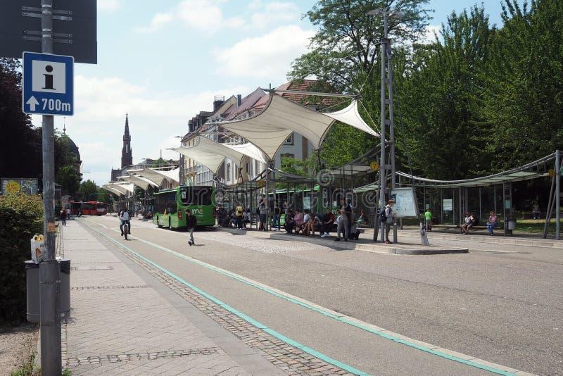 Środkowy przystanek autobusowy w Offenburg, Niemcy zdjęcia royalty free