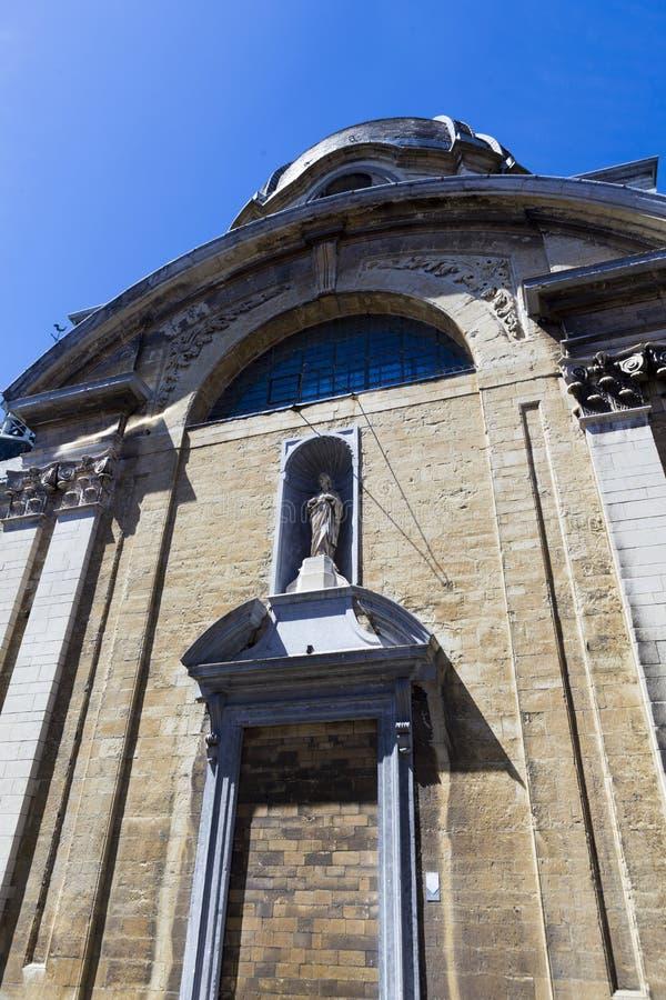 Świątobliwa statua i Angielski klasztor w Bruges zdjęcie stock