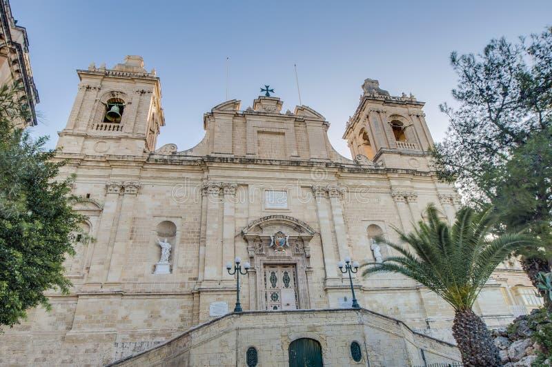 Świątobliwy Lawrance kościół w Vittoriosa, Malta (Birgu) zdjęcie stock