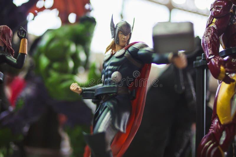 ?WI?TOBLIWY PETERSBURG ROSJA, KWIECIE?, - 27, 2019: The Avengers dru?yna, Thor fotografia stock