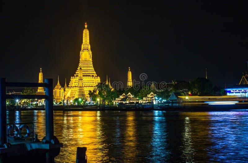 Świątynia świt Arun lub Wat obraz royalty free
