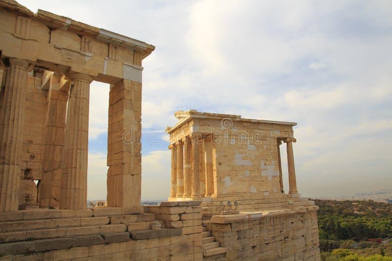 Świątynia Erechtheum przy zmierzchem, akropol, Ateny, zdjęcia royalty free