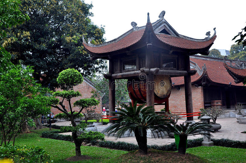 Świątynia literatura, Hanoi zdjęcia stock