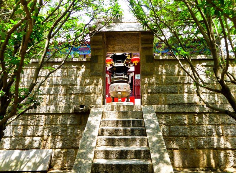 Świątynia na Laoshan górze w Qingdao zdjęcie royalty free