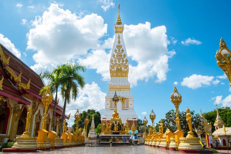 Świątynia na niebieskim niebie zdjęcia royalty free