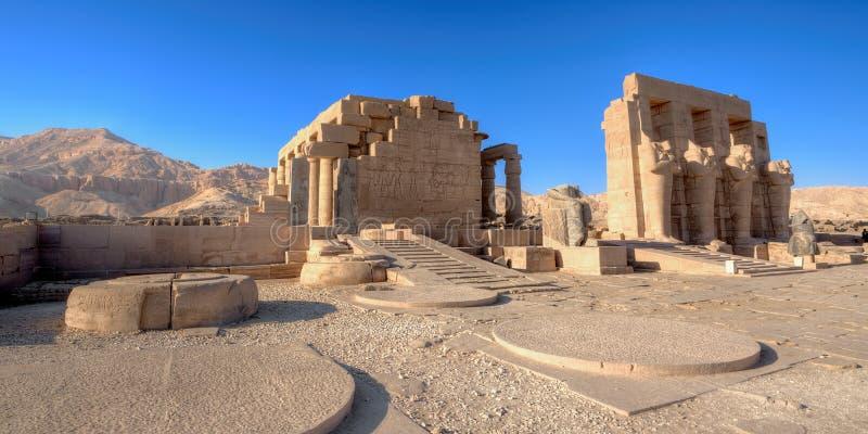 Świątynia Ramses w Luxor (Ramesseum) zdjęcie stock