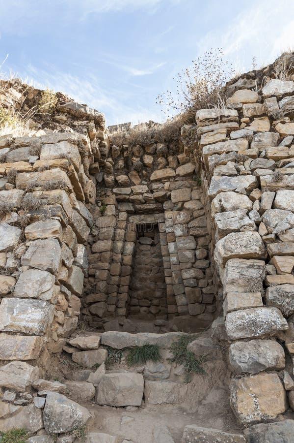Świątynia słońce, inka prehistoryczne ruiny na Isla Del Zol na Titicaca jeziorze, obraz stock