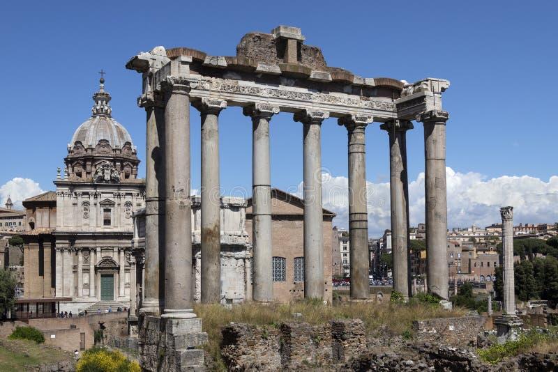 Świątynia Saturn Rzym, Włochy - - Romański forum - zdjęcia royalty free