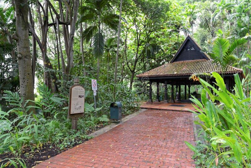 Świątynia sułtan Iskandar Syah w fortu Konserwuje parku, Singapur obraz royalty free