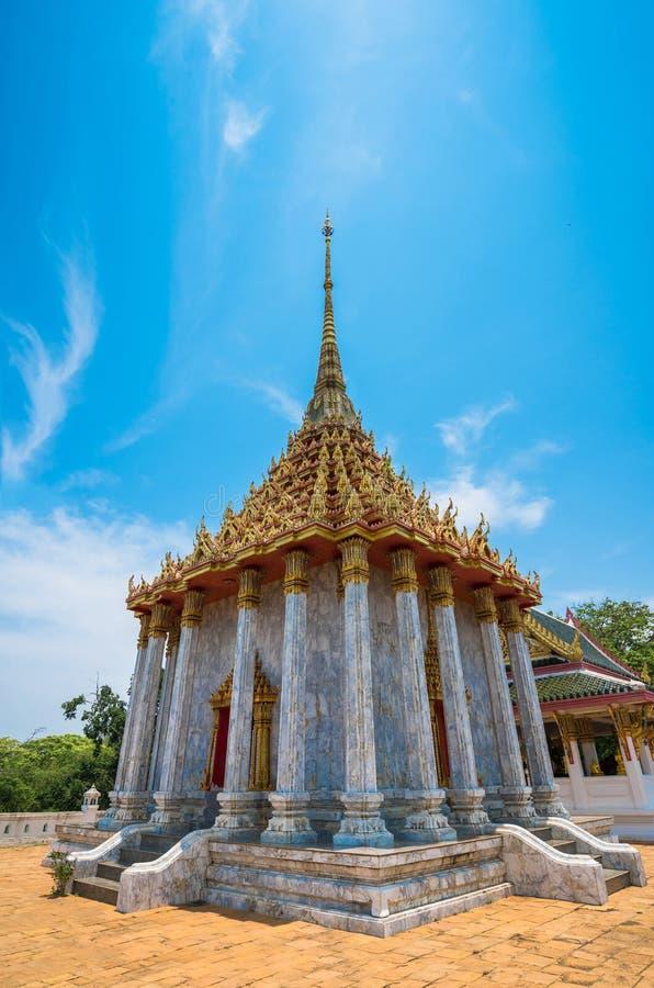 Download świątynia Thailand obraz stock. Obraz złożonej z dekoracje - 57661987