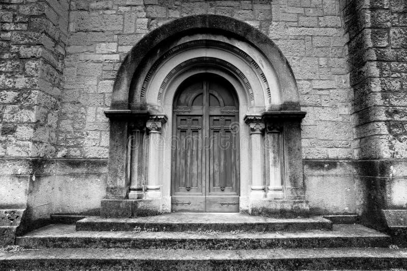 Świątynia zwycięstwo drzwi - San Pellegrino Terme - zdjęcia stock