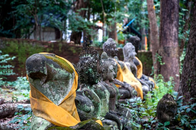 Świątynie Tajlandia muzeum stare Buddha statuy zdjęcie stock