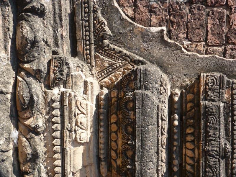 Świątynna architektura i kamienna praca w Myanmar (Birma) fotografia stock
