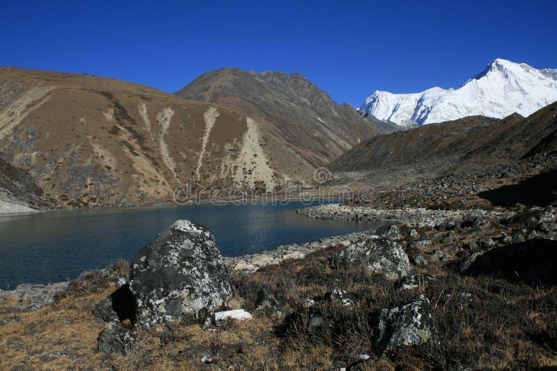święci gokyo jeziora obrazy stock