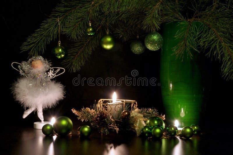 Święta świec, szklane życia cicho czerwonego wina obraz stock