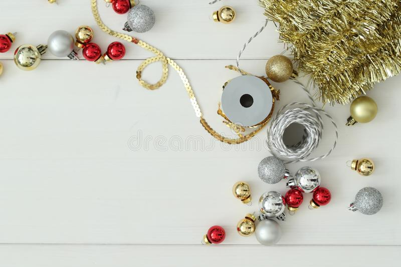 Święta tła sfer szklankę odizolować zabawki białe zdjęcia royalty free
