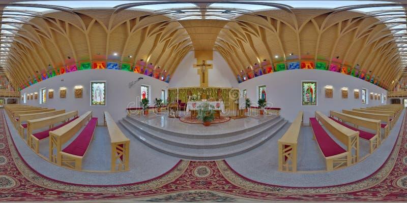 Świętego Joseph kościół katolickiego wnętrze, Zetevà ¡ ralja, Rumunia (okręt podwodny Cetate) obraz stock