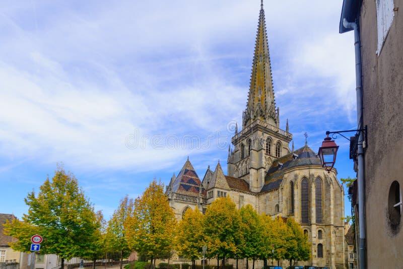 Świętego Lazare katedra w Autun, obrazy royalty free