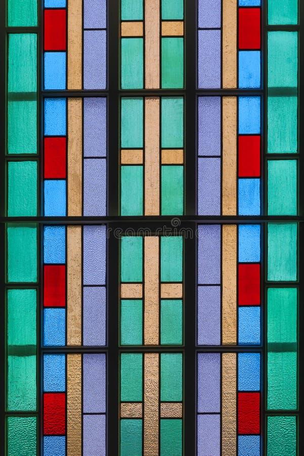 Świętego Peter ` s kościół katolickiego witrażu okno obrazy stock