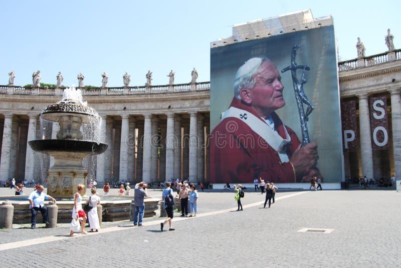 Świętego Peter ` s kwadrat, świętego Peter ` s bazylika, Rzym, punkt zwrotny, rynek, turystyka, atrakcja turystyczna obrazy royalty free