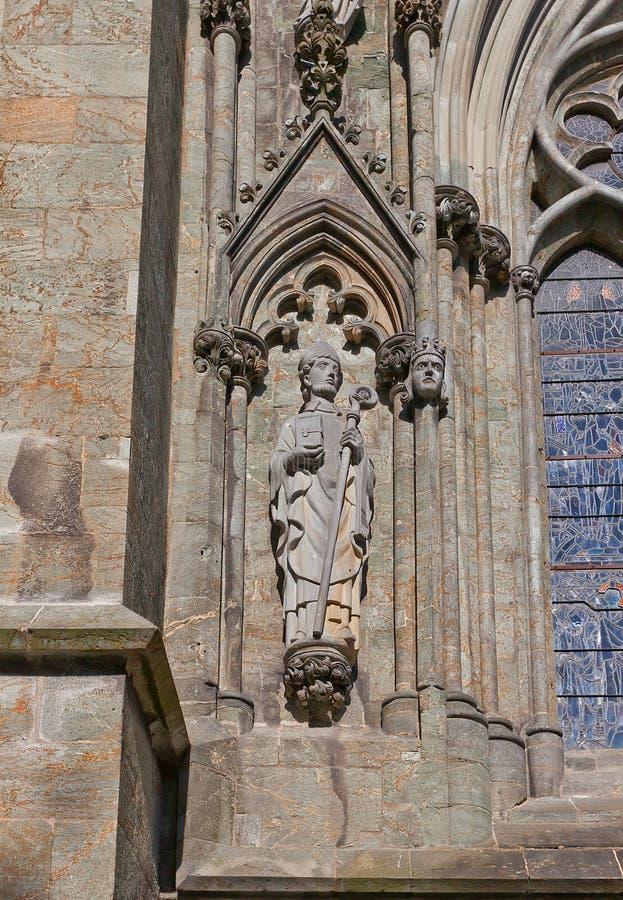 Świętego Swithun rzeźba Stavanger katedra, Norwegia obraz royalty free