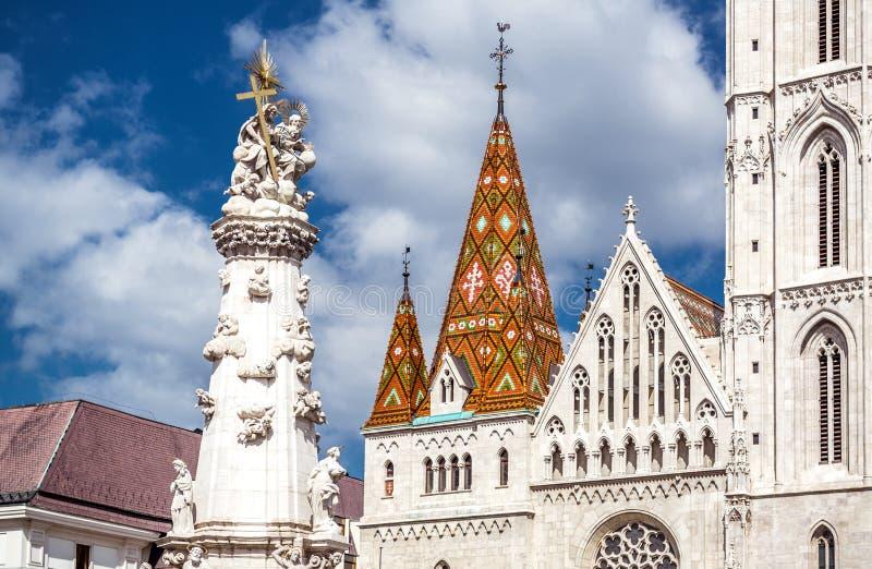 Świętej trójcy kolumna przed Matthias kościół zdjęcie stock