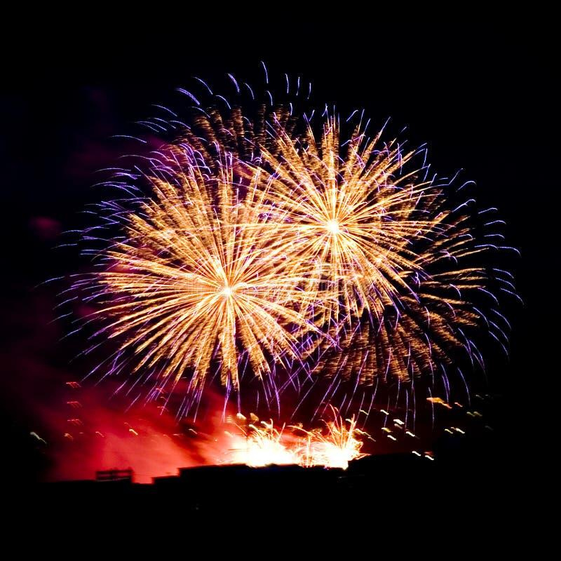 świętowania fajerwerku nocnego nieba smugi zdjęcia royalty free