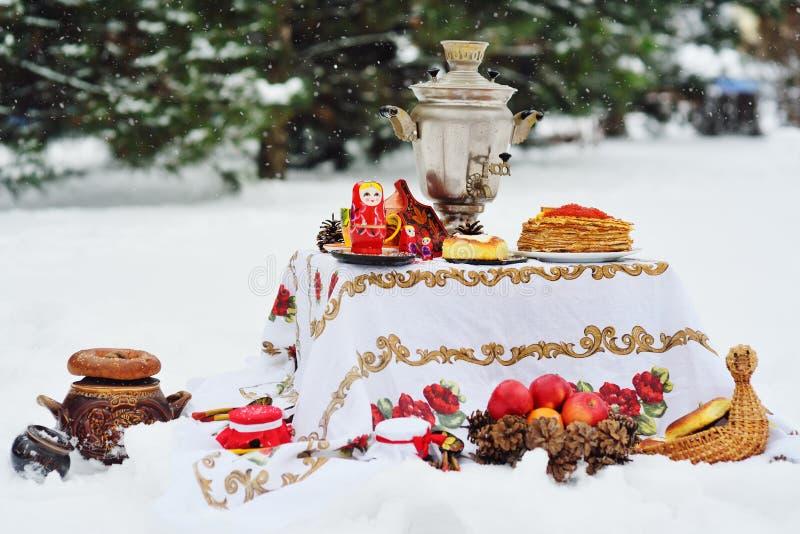 Świętowanie karnawał Rosja, ostatki zdjęcia stock