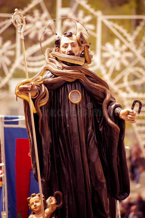 Świętowanie patron San Domenico miasteczko Cocullo w Włochy obraz stock