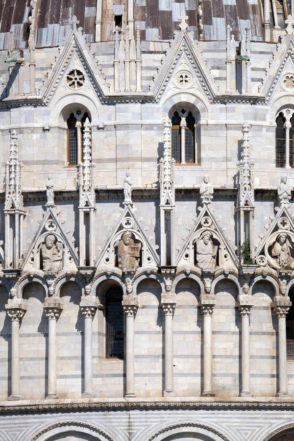 Święty, Baptistery dekoraci architraw wysklepiają, katedra w Pisa zdjęcia stock