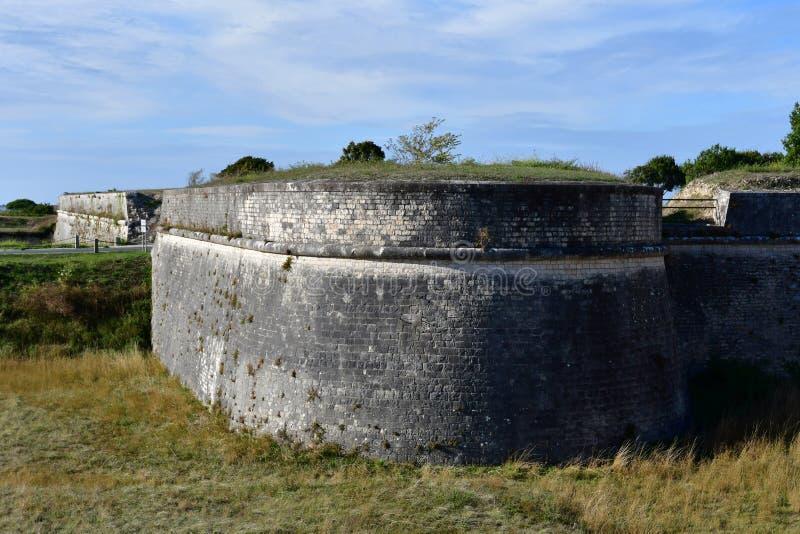 Święty Martin De Ponowny Francja, Wrzesień, - 26 2016: fortyfikacje obraz stock