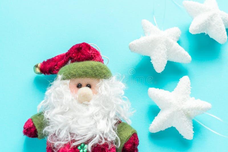 Święty Mikołaj i bielu gwiazdy fotografia royalty free