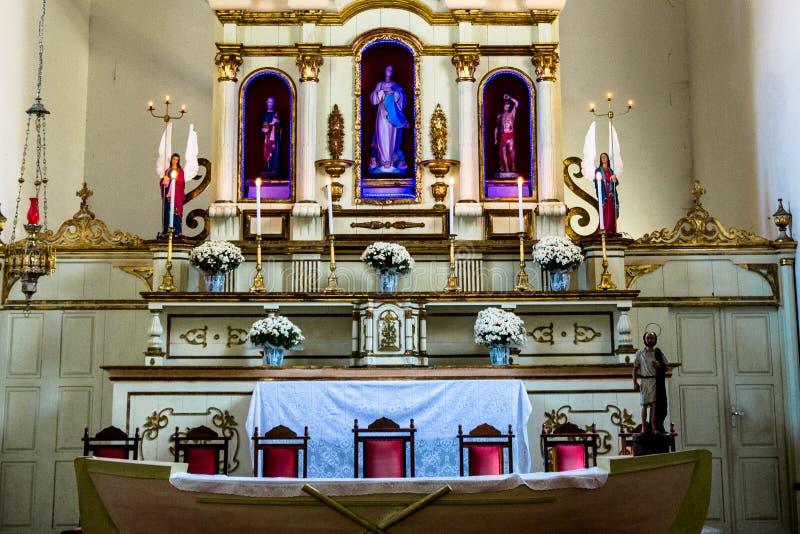 Święty na ołtarzu kościół zdjęcia royalty free