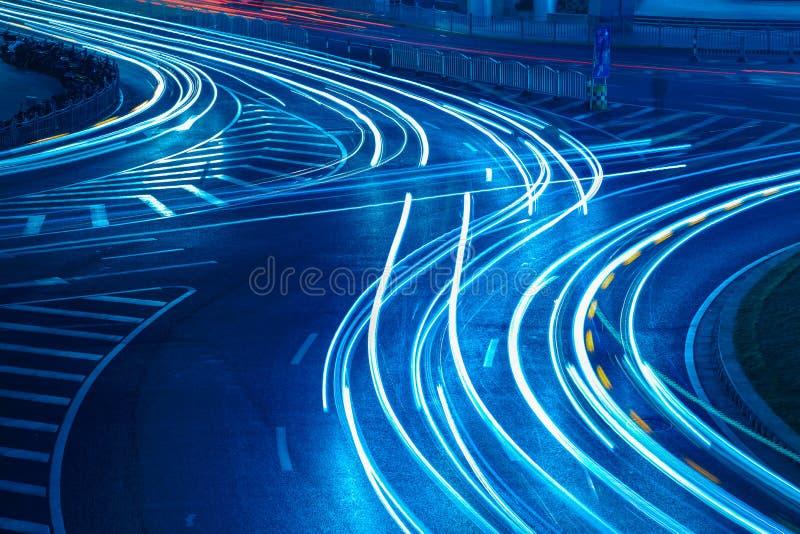 Światło ślada na miastowej drodze zdjęcia royalty free