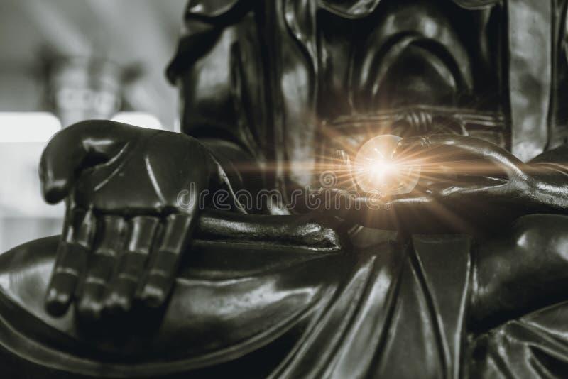 Światło Buddha dawać pokojowi obraz stock