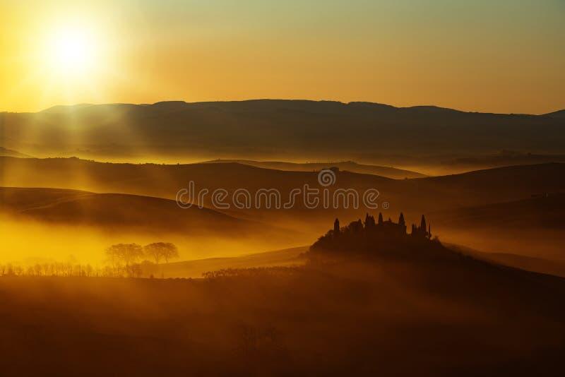 Światło słoneczne na wieś krajobrazie zdjęcie stock