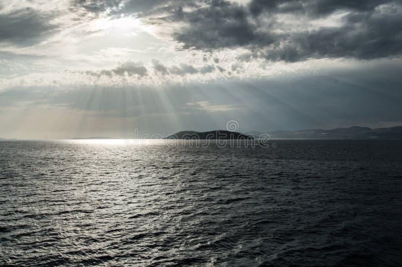 Światło słoneczne nad wyspą obrazy royalty free