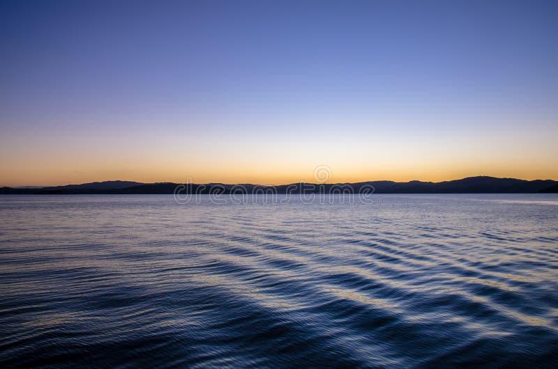 Światło słoneczne zatoka w Wellington schronieniu, Nowa Zelandia obraz stock