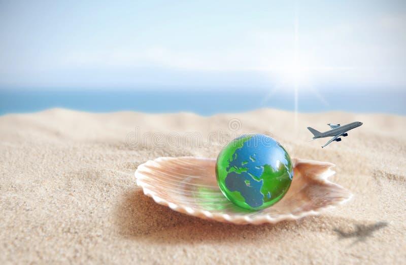 Świat jest twój ostrygowym podróży pojęciem obrazy royalty free
