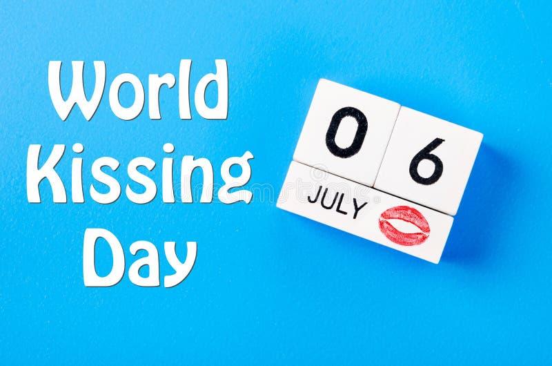 Światowy całowanie dnia pojęcie zdjęcia stock
