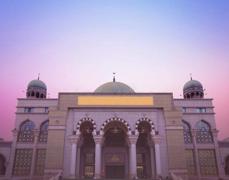Światowy Religijny dnia pojęcie: Piękny meczet obraz royalty free