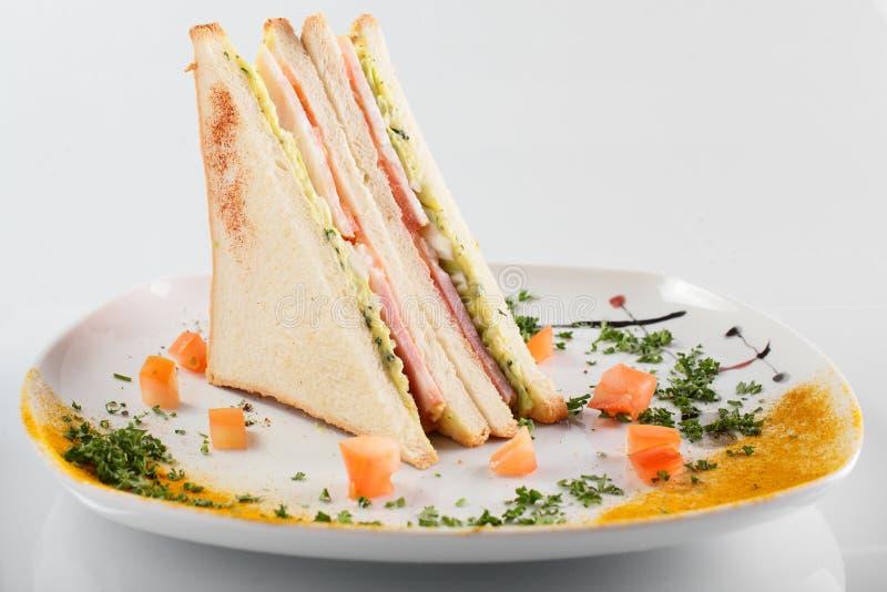 Świeża kanapka na białym tle fotografia royalty free