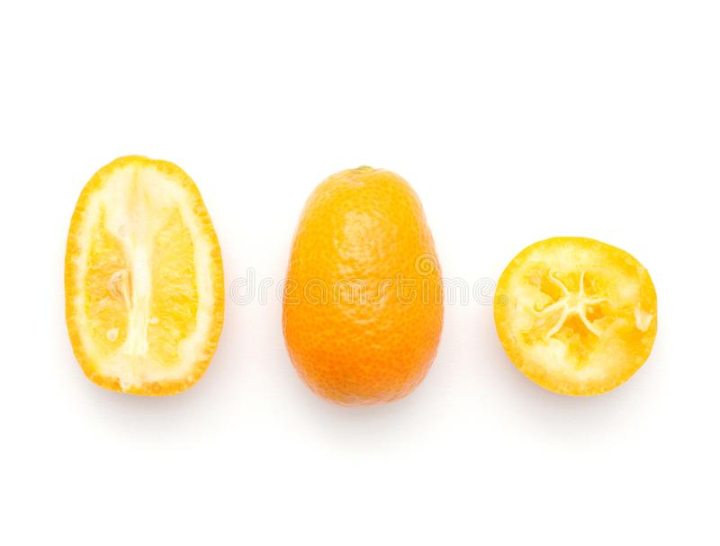 Świeża Kumquat owoc odizolowywająca na bielu obraz royalty free