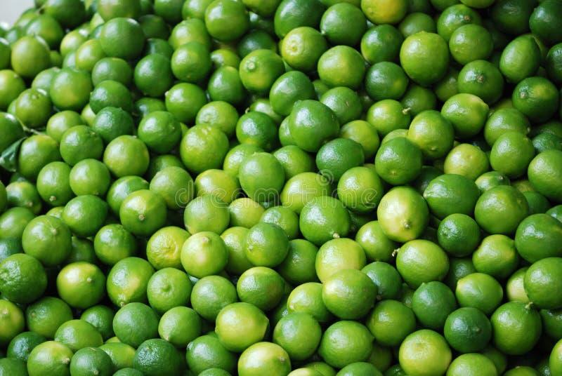 Świeże cytryny Oferują w warzywo rynku w Meksyk zdjęcie royalty free
