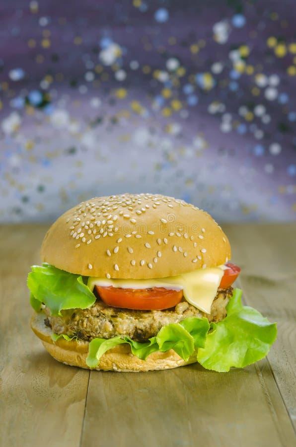 świeże dof tło hamburgery smaczny biały nisko zdjęcie royalty free