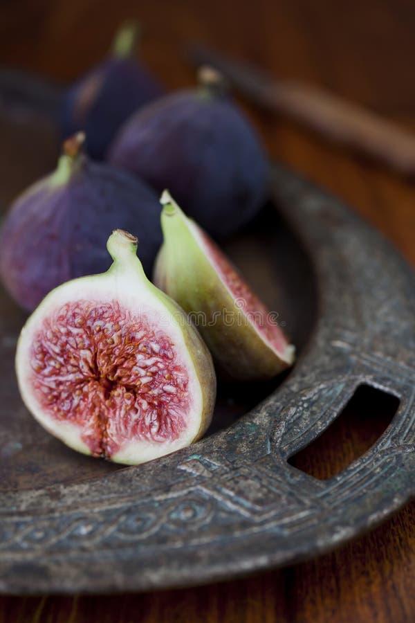 Świeże figi na stole zdjęcie stock