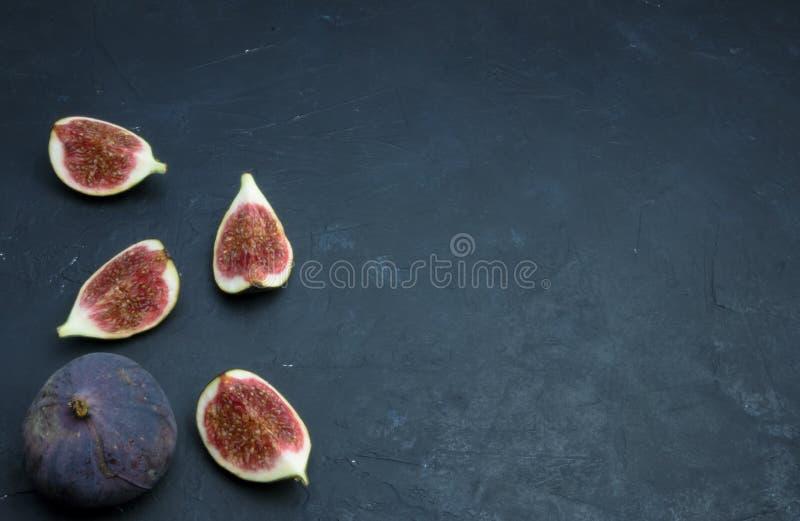 świeże figi towarzyszący zdobycza kurczaka kuchni kartoteki karmowej włoskiej fotografii poczta przerobowy fachowy surowy kumberl zdjęcie stock