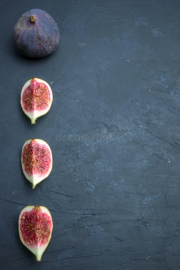 świeże figi towarzyszący zdobycza kurczaka kuchni kartoteki karmowej włoskiej fotografii poczta przerobowy fachowy surowy kumberl zdjęcia stock