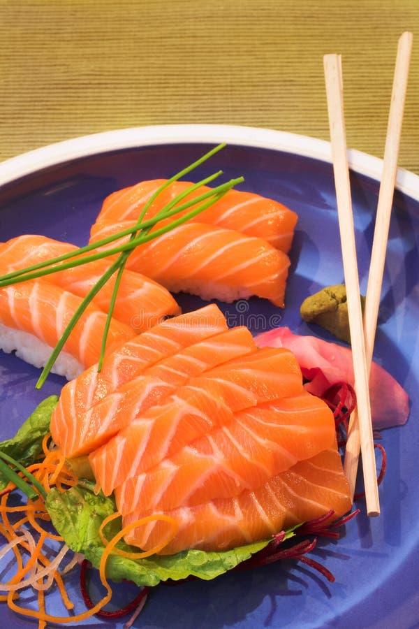 świeże nigiri sushi sashimi zdjęcia stock